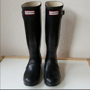 Tall Black Hunter Rain Boots Size 6